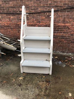 Pool ladder for Sale in Kearny, NJ