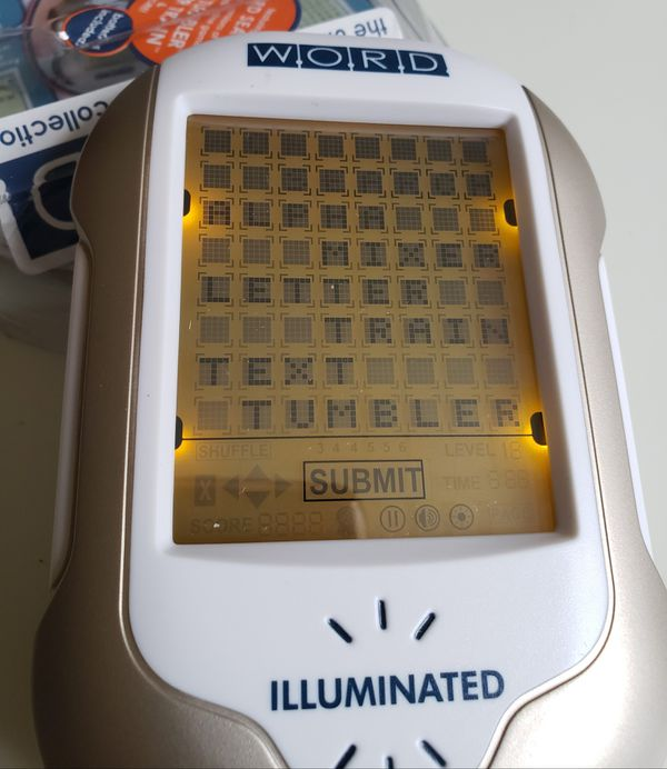 POCKET GAME ILLUMINATED WORD SEARCH PUZZLE TOUCH SCREEN.