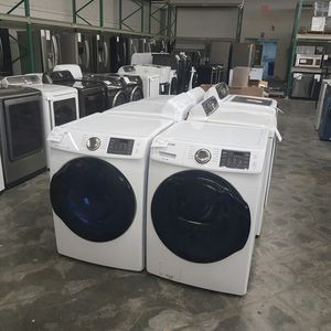 SAMSUNG Front Load Washer Dryer for Sale in Hacienda Heights, CA