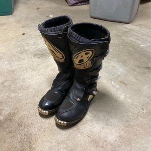 Motocross Boots Size 11 for Sale in Southbury, CT