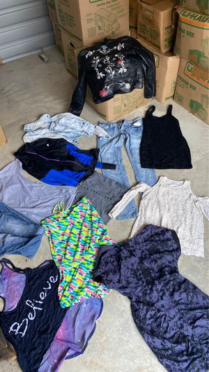 Women's clothing lot size xs-m for Sale in Olympia, WA