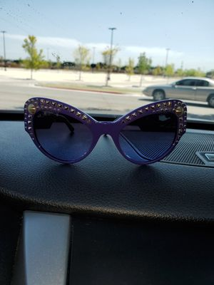 Sunglasses for Sale in Lancaster, TX