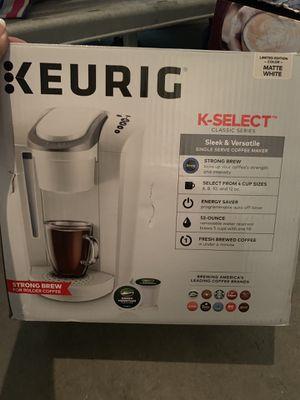 KEURIG K SELECT WHITE for Sale in Las Vegas, NV