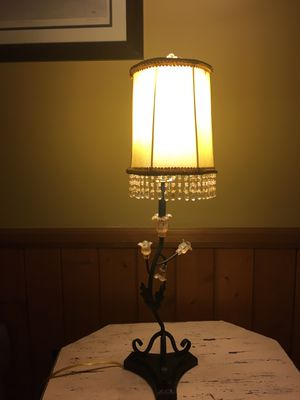 Tulip Vine Lamp for Sale in Kernersville, NC