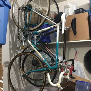 Fiero - Road Bicycle - In Great Condition for Sale in Hillsboro, OR