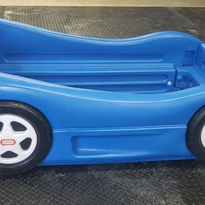 Little Tikes Race Car Bed for Sale in Altoona, IA