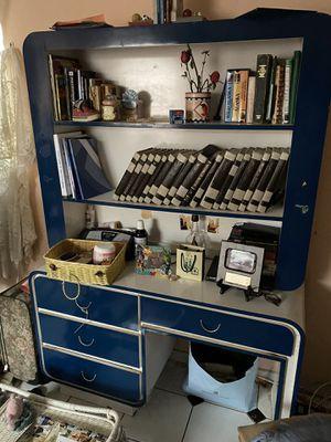 Desk with bookcase for Sale in Miami, FL