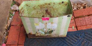 Vintage plant pot. for Sale in Arlington, TX