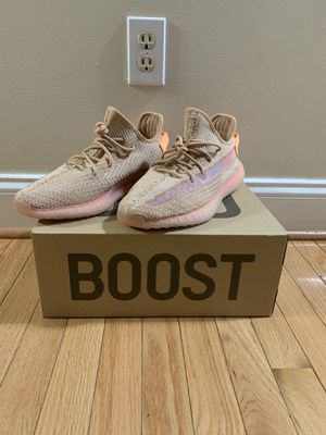 Yeezy Boost 350 V2 Clay for Sale in Springfield, VA
