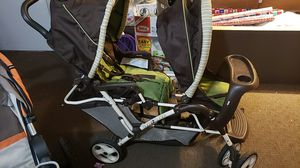 Graco duo glider double stroller for Sale in Oregon City, OR