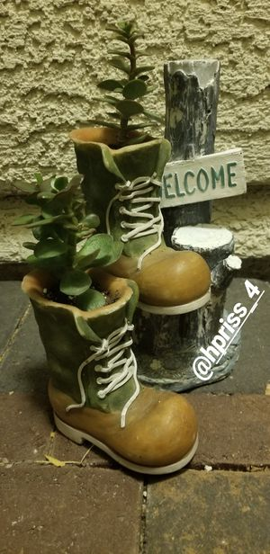 Cactus flowers cute boots for Sale in Las Vegas, NV