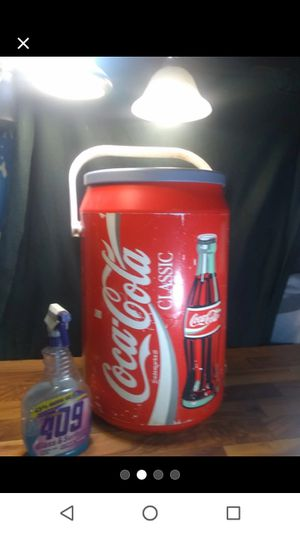 Large Coke anyone? Coca-Cola Cooler Handle Removable Lid Great condition for Sale in Houston, TX