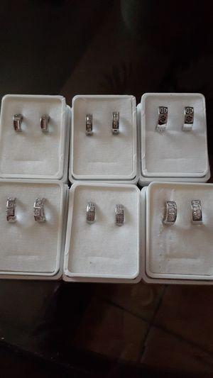 Huggies de acero inoxidable for Sale in Chandler, AZ