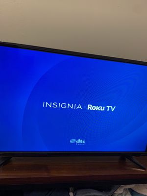 32 Inch Insignia Roku TV for Sale in Anaheim, CA