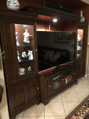 Heavy wood wall unit for Sale in Fort Myers, FL