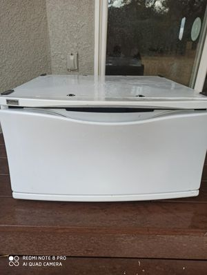 Washer/dryer pedestal for Sale in Citrus Heights, CA