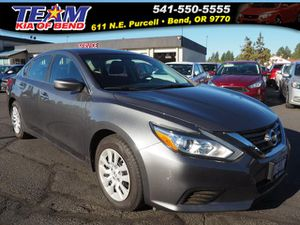 2017 Nissan Altima for Sale in Bend, OR