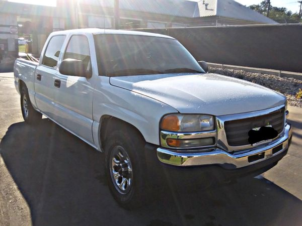 2007 GMC V8 5.3L clean tittle drives great