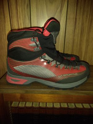 La Sportiva Mountaineering Boots.Size 12 for Sale in NC, US