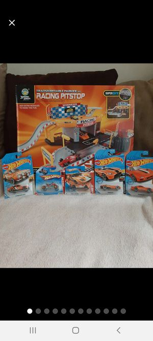 Hot Wheels/Zhong-Sheng ][ Cars/Pitstop for Sale in Williamsport, PA
