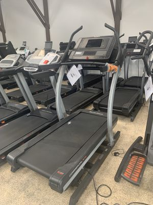 Used Incline Trainer Treadmills. Nordictrack X11i (repair warranty included) for Sale in Santa Monica, CA