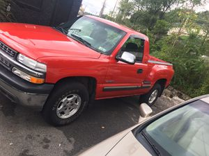 02 Chevy Silverado Stepside for Sale in Pittsburgh, PA