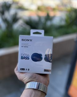 Sony Extra Bass Bluetooth Headphones for Sale in Fontana,  CA