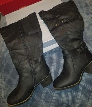 Womens black boots size 9W for Sale in Chula Vista, CA