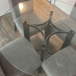 4 Seater Dining Table for Sale in Fife,  WA