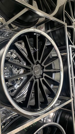 Staggered 22 inch black face chrome lip ruff racing wheels. Challenger, charger, 300 for Sale in Charlotte, NC