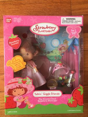 NEW Strawberry Shortcake Bandai Vintage doll for Sale in Herndon, VA