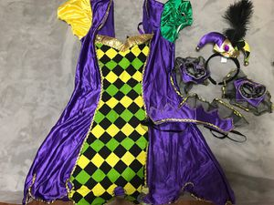 Mardi Gras Jester Costume. Fits adult sizes 4-8 Includes: Dress Neck Piece Wrist Cuffs Hat on headband costume is in perfect like new condition! loca for Sale in Menifee, CA