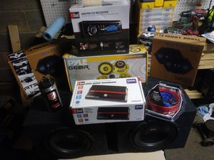 Complete stereo system auto/truck for Sale in Euclid, OH