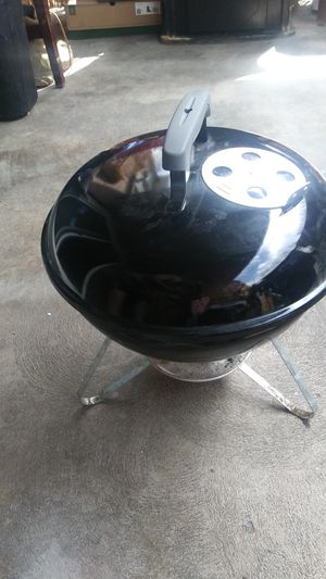 Bbq grill for Sale in Denver, CO