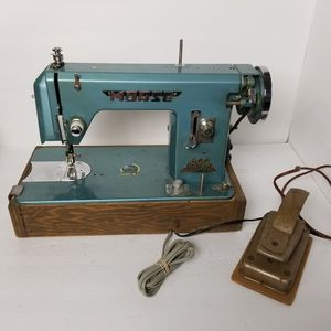 Vintage Morse Working Sewing Morse 600 World's Best. for Sale in Kuna, ID