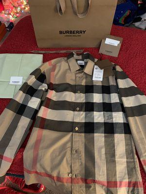 Burberry dress shirt for Sale in Renton, WA