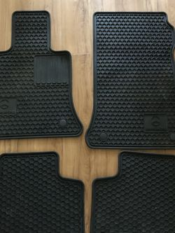 Mercedes Glk350 All Weather Mats! for Sale in SeaTac,  WA