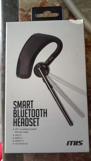 Smart bluetooth headphones for Sale in Bakersfield, CA