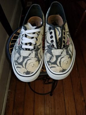 Vans Floral sz men's 8 for Sale in Beaver Falls, PA