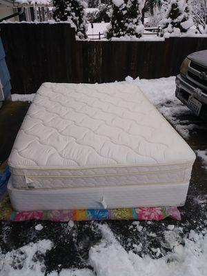 FULL Size Mattress box spring bed frame for Sale in Everett, WA