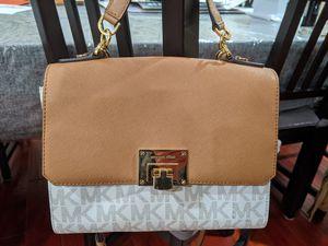 Michael Kors purse shoulder bag and handbag for Sale in San Jose, CA