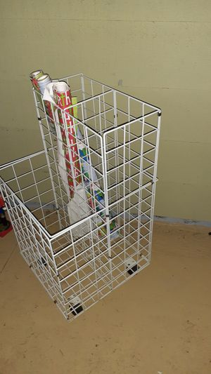 Weeping paper organizer for Sale in Renton, WA