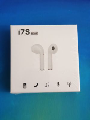 Bluetooth i7s wireless headphones box for Sale in Columbus, OH
