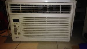 LG WINDOW AIR CONDITIONER for Sale in Long Beach, CA