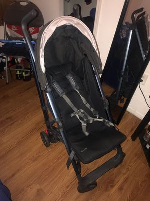 uppababy g-luxe umbrella stroller for Sale in Orlando, FL