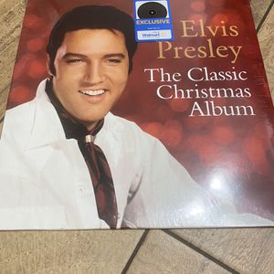 New Elvis Presley The Classic Christmas Album vinyl record for Sale in Chino Hills, CA