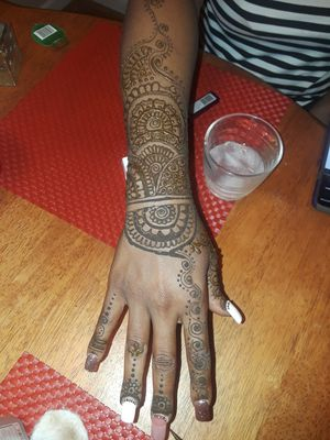Henna Tattoo! Be happy, Be Henna-ed! Be adorned. for Sale in Fairburn, GA
