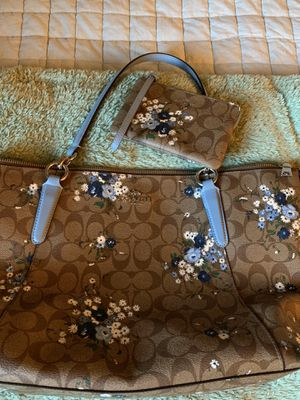 Coach Eva hand bag with matching wallet pouch for Sale in Orient, OH