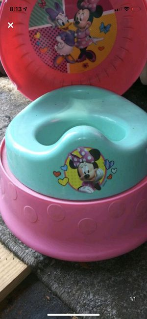 Minnie Mouse toilet for Sale in Spring Hill, FL