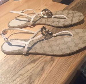 af7eaf59298b Authentic Gucci ellesmere sandals size 41 (11) for Sale in San Antonio